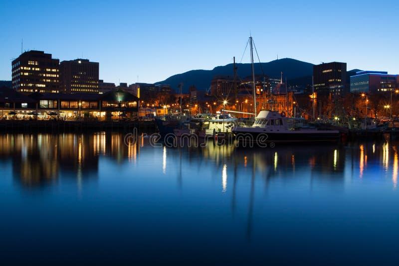 黄昏的霍巴特船坞 图库摄影