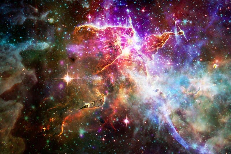 星云和星在外层空间,发光的神奇宇宙 免版税库存照片