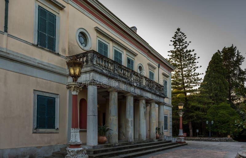 星期一回购宫殿在科孚岛希腊 库存图片