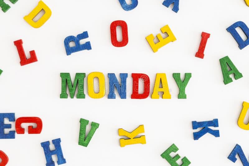 Download 星期一 库存照片. 图片 包括有 蓝色, 信函, 五颜六色, 模式, 黄色, 红色, 背包, 工作日, 空白 - 59102536