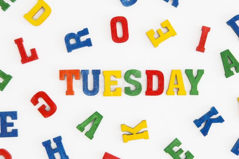 Download 星期二 库存图片. 图片 包括有 背包, 五颜六色, 红色, 黄色, 工作日, 蓝色, 信函, 系列, 空白 - 59102545