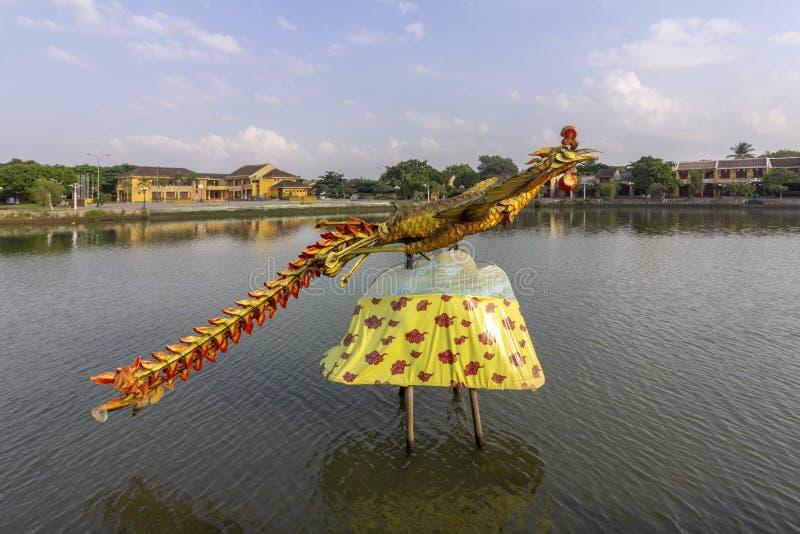 星期四好的妙语河江边视图,会安市古镇历史的区的,联合国科教文组织世界遗产 越南 免版税库存照片