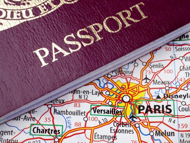 映射巴黎护照 库存图片