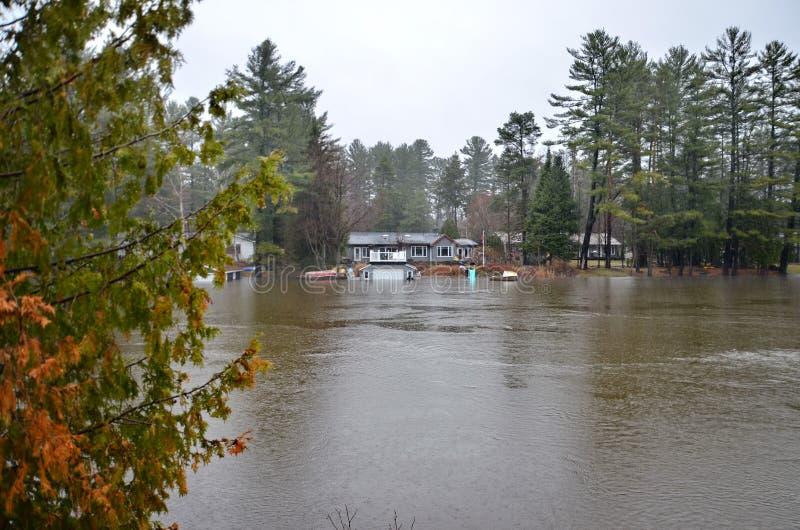 春天洪水在布雷斯布里奇,2019年 图库摄影