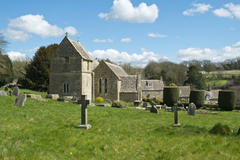 春天, Duntisbourne方丈教会, Cotswolds,英国 图库摄影