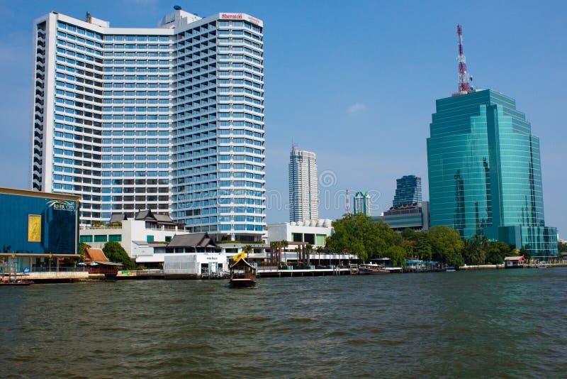 从昭披耶河的看法在曼谷 免版税库存图片