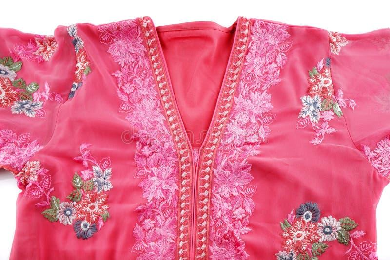 是公认的Jellabiya房子礼服通常佩带由阿拉伯妇女 免版税图库摄影