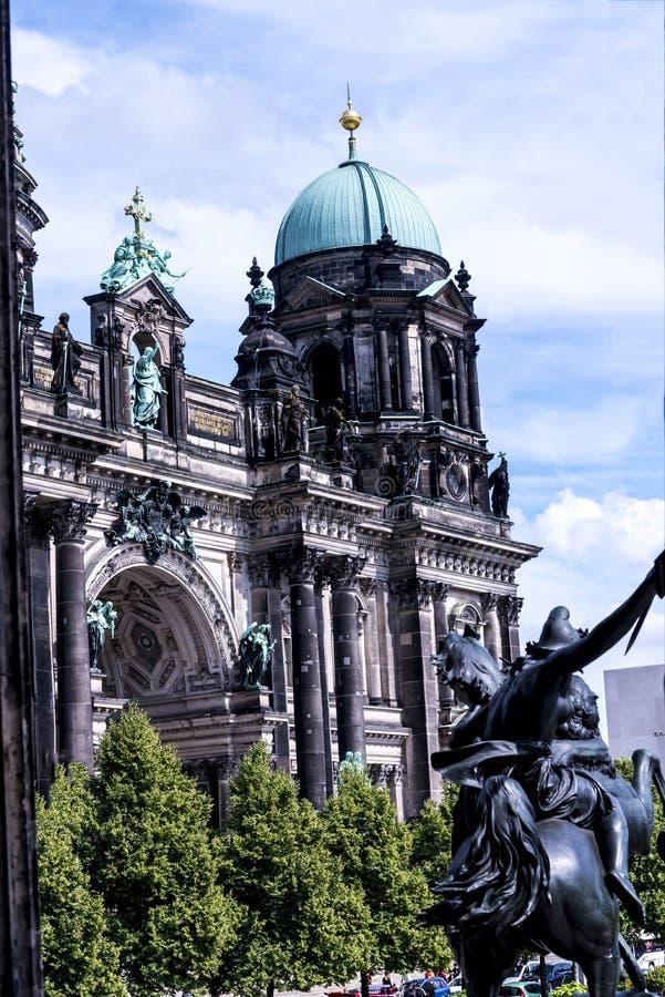 是新教徒大教堂在柏林德国的Deutscher Dom 库存图片