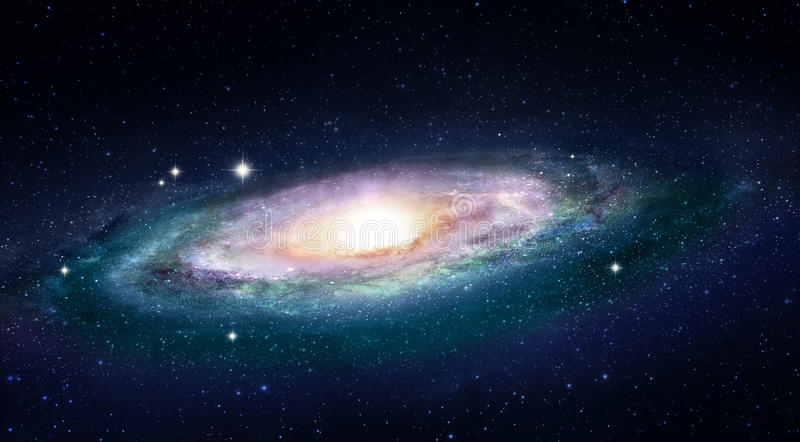 与一个明亮的太空星群的核心的五颜六色的星系 库存例证