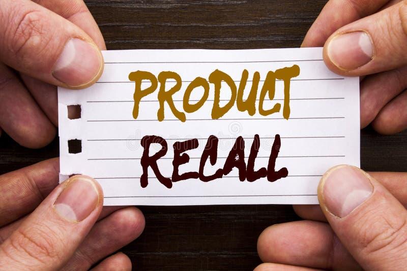 显示产品取消的手写的文本标志 回忆退款回归的企业概念在稠粘写的产品缺陷的没有 库存照片