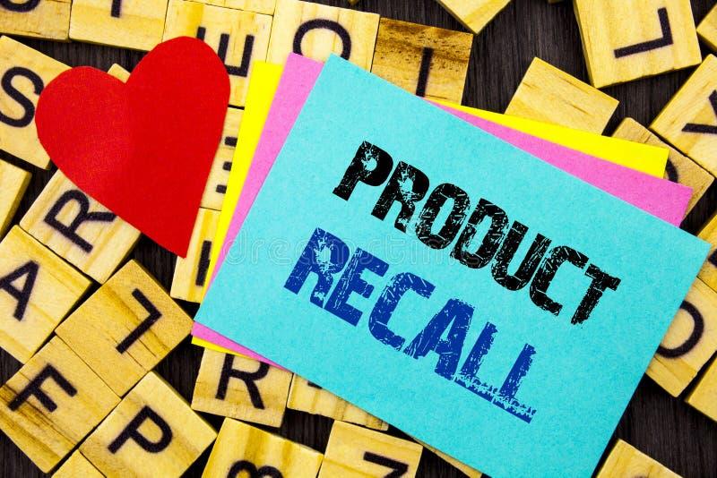 显示产品取消的手写的文本 在五颜六色稠粘写的产品缺陷的概念性照片回忆退款回归没有 免版税库存照片