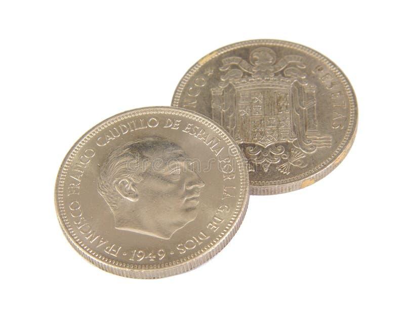 显示佛朗哥的5比塞塔两枚老西班牙硬币  免版税图库摄影