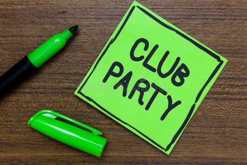 显示俱乐部党的概念性手文字 陈列社会汇聚的企业照片在是不拘形式的,并且可能有博士的地方 库存图片