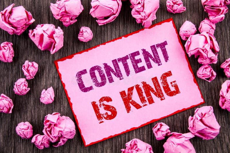 显示内容的手写文本是国王 陈列与cms或Seo数据w的企业照片网上市场信息管理 库存照片