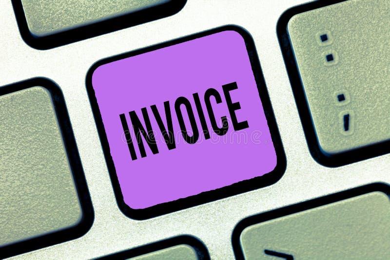 显示发货票的文字笔记 被送服务的物品企业照片陈列的名单提供财政的总和 免版税图库摄影