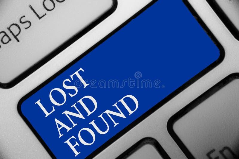 显示失物招领处的文本标志 您能找到被忘记的事搜索服务键盘蓝色关键Inte的概念性照片地方 库存照片