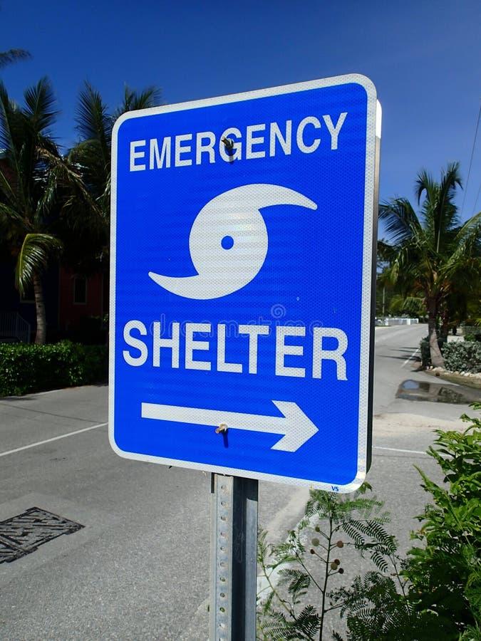 显示对一个风雨棚的方式紧急状态的 免版税库存照片