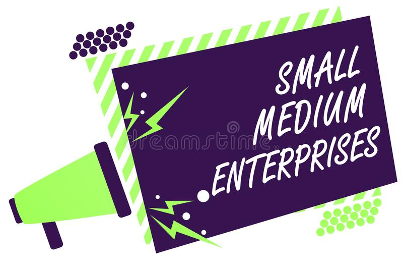 显示小中等企业的文本标志 与少于一千工作者扩音机扩音器绿色的概念性照片公司 向量例证