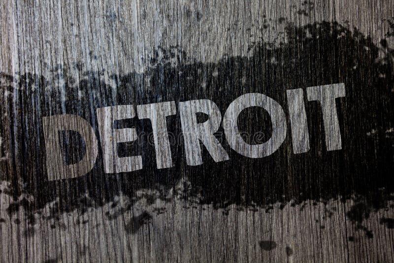 显示底特律的文本标志 概念性照片城市在密执安Motown木木背景的美利坚合众国首都 库存图片