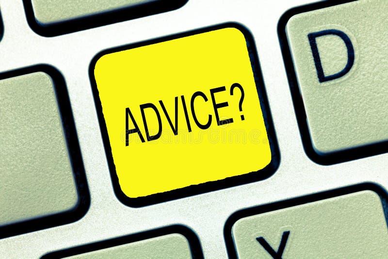显示忠告问题的文字笔记 企业照片陈列给教导支持帮助推荐要求和专家 免版税库存图片