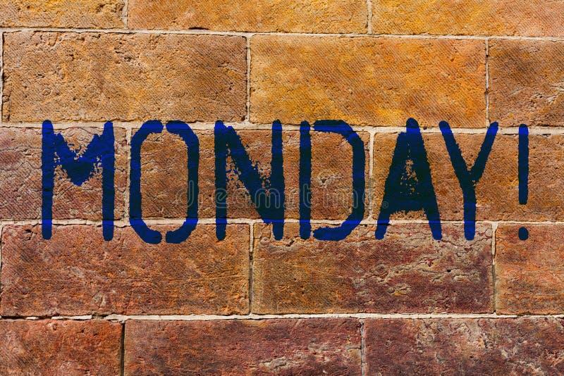 显示星期一的概念性手文字 企业照片陈列的第一星期回到工作周末结束 免版税库存照片