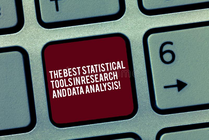显示最佳的统计工具的文本标志在研究和数据分析 概念性照片优质应用程序键盘 图库摄影
