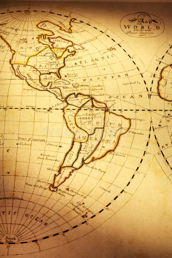 显示美洲的旧世界地图 免版税库存照片