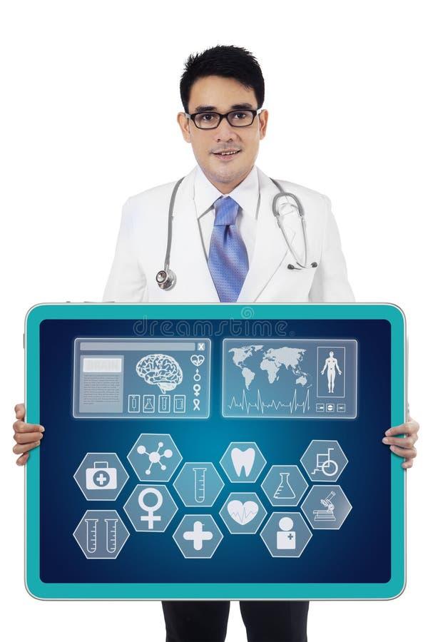 显示医疗象的医生 免版税库存图片