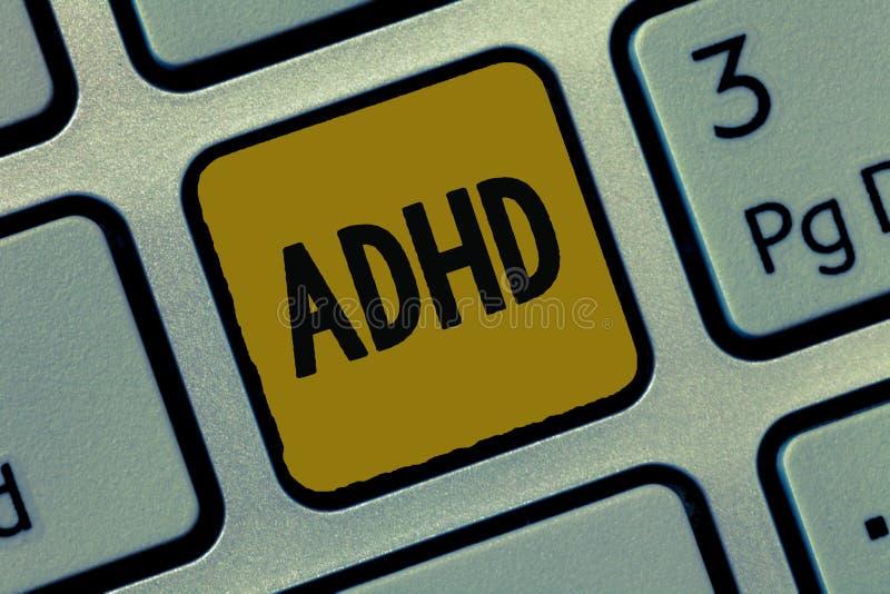 显示Adhd的文本标志 儿童活动过度的麻烦概念性照片精神健康混乱给予注意的 库存图片