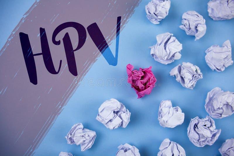 显示Hpv的文字笔记 陈列人的乳头瘤病毒科传染性病病症书面o的企业照片 免版税库存照片