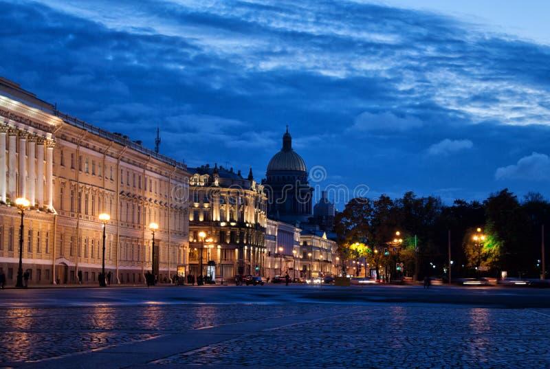 晚上在Sankt彼得斯堡 免版税库存图片