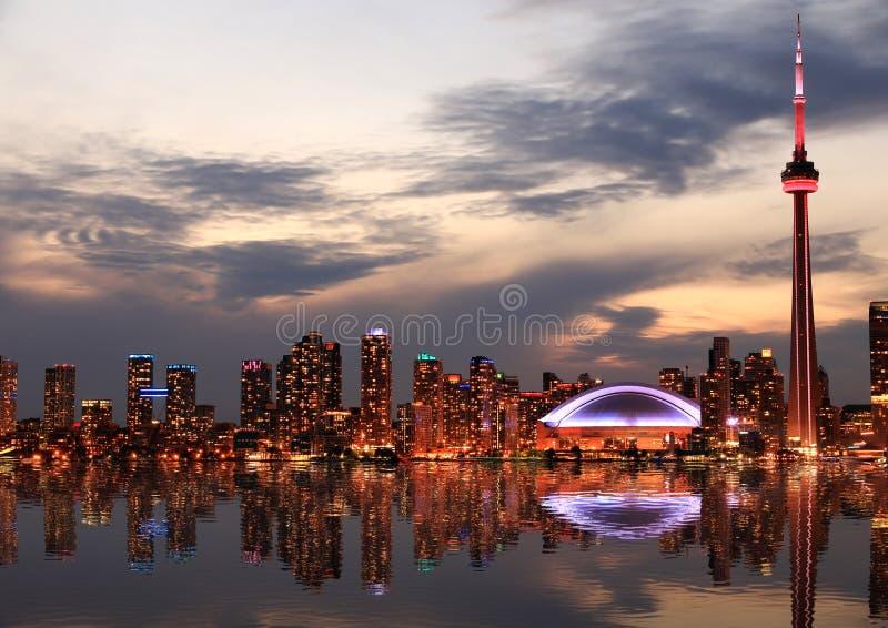 晚上地平线多伦多 图库摄影