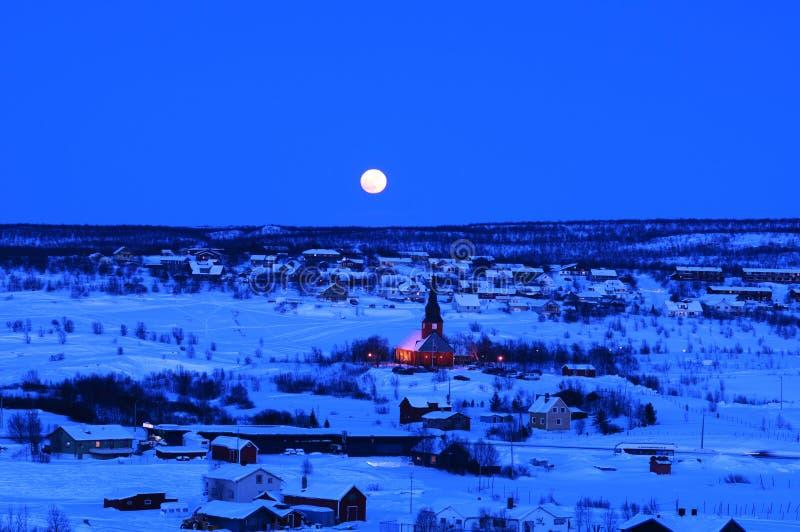 晚上城镇冬天 库存图片