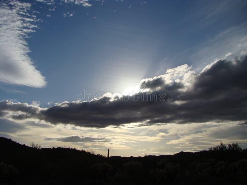 晚上天空雕峰顶, AZ 免版税库存照片