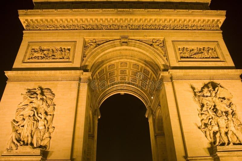 晚上巴黎triomphe 库存照片