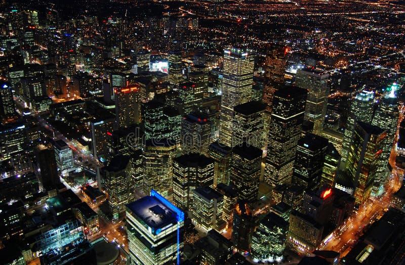 晚上摩天大楼多伦多 免版税库存照片