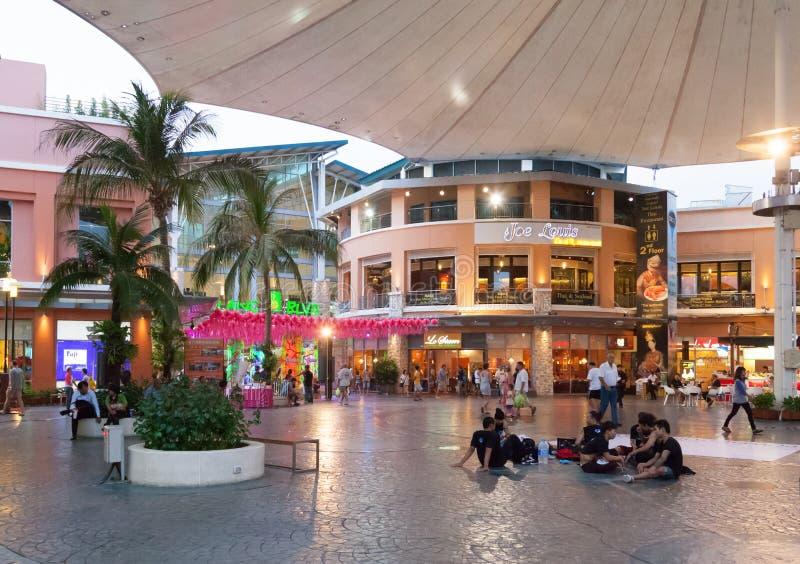 普吉岛,泰国- 4月26 :Jungceylon商城在Patong 库存照片