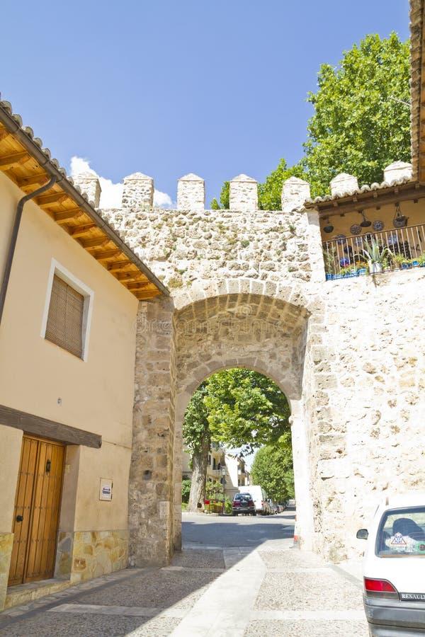 普埃尔塔de la Cadena,西班牙墙壁,布里韦加,西班牙 免版税库存照片