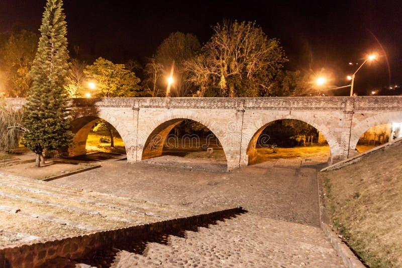 普恩特del Humailladero桥梁在殖民地城市波帕扬 图库摄影