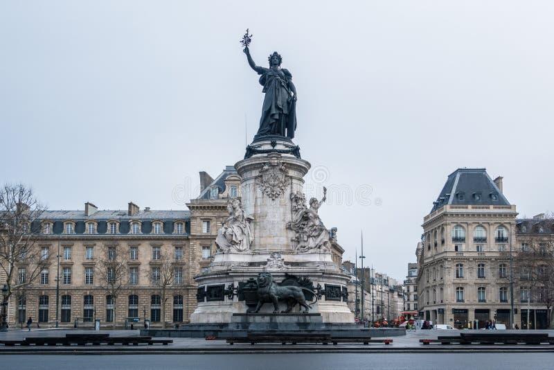 普拉切de la Republique共和国正方形在巴黎,法国 库存照片