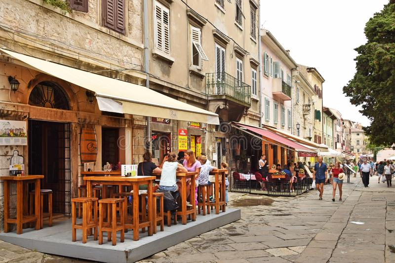 普拉,克罗地亚- 2017年9月1日:在普拉的街景画; 免版税库存照片