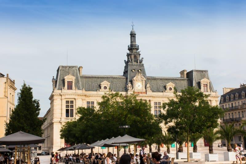 普瓦捷,法国- 2016年9月12日:城镇厅, Hotel de Ville 库存图片
