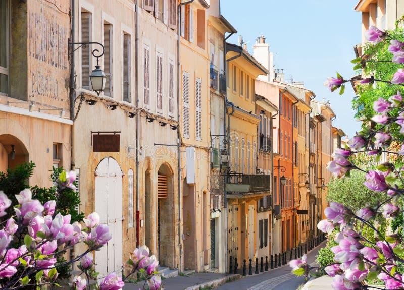 普罗旺斯的美丽的老镇 免版税图库摄影