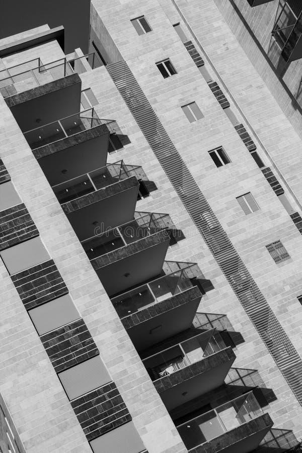 普通对角的构成-现代建筑学背景- 免版税库存照片