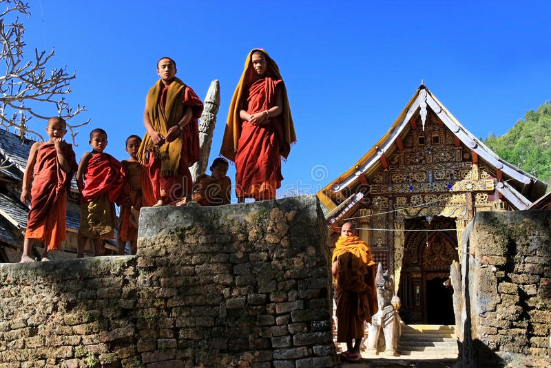 景栋,掸邦,缅甸- 2011年1月1日:小的修士sta 库存图片