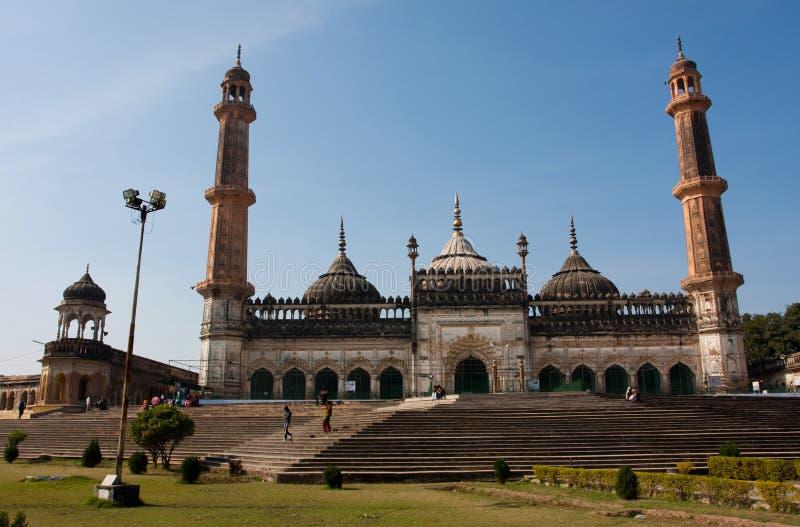晴天的巨型Asfi清真寺 库存照片