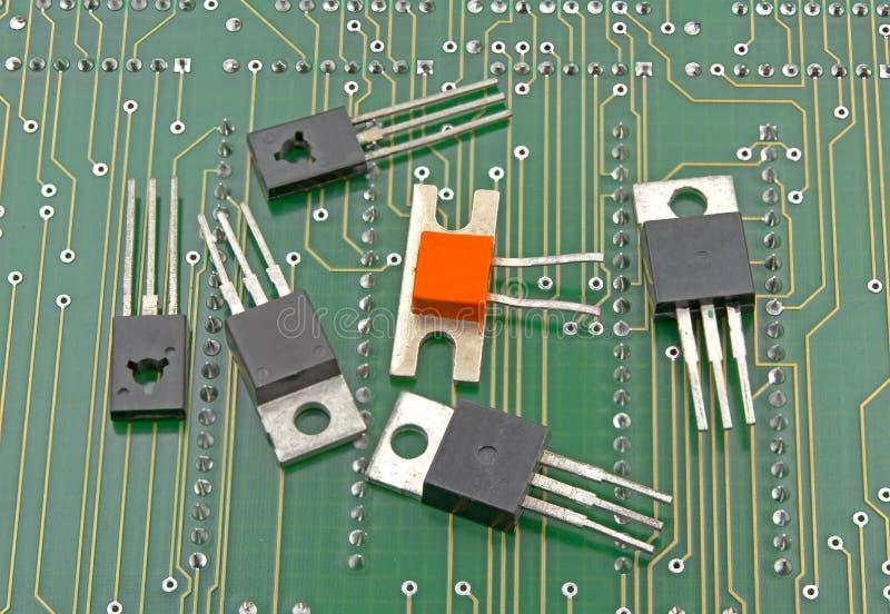 晶体管特写镜头细节在电路板的 库存照片