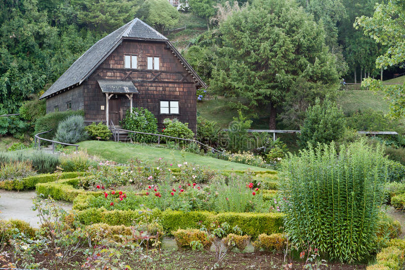 智利frutillar德国房子木头 库存图片