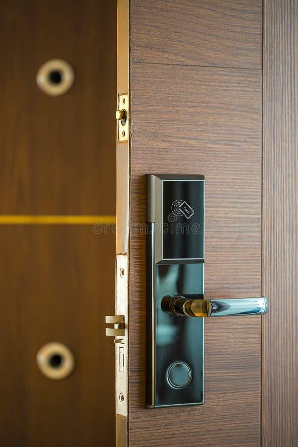智能卡门钥匙旅馆的/事务-技术锁系统 库存照片