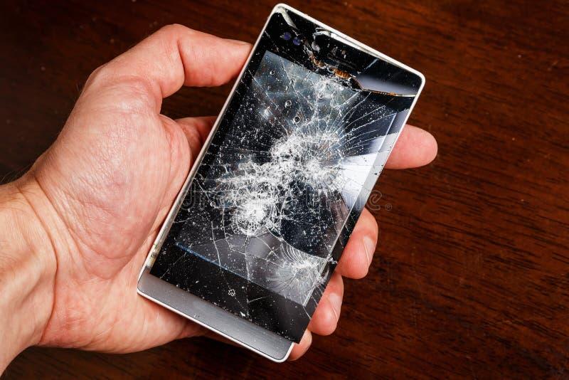 智能手机和小螺丝刀 免版税库存照片